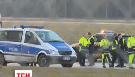 В аеропорту Ганновера півдня шукали бомбу