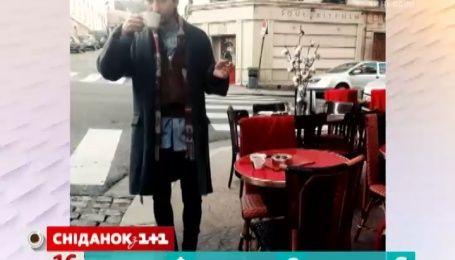Алан Бадоев отдыхает в столице Франции с таинственной незнакомкой