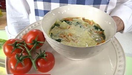 Рецепт супу зі шпинатом та пастою від Руслана Сенічкіна