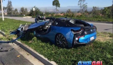 BMW I8 лоб в лоб встретился с бетономешалкой