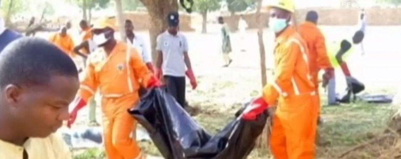 У Нігерії смертниці підірвали себе під час молитви: є жертви