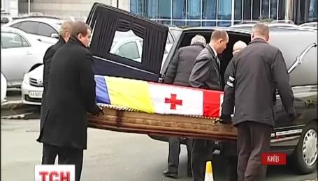 В Киеве на Подоле хоронят Георгия Гонгадзе