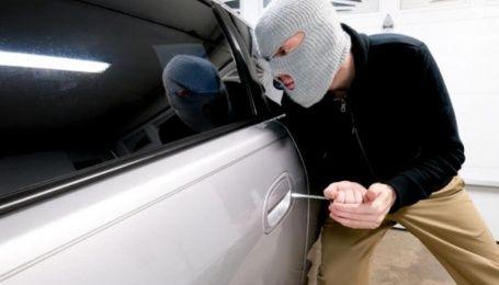 Патрульные напомнили, как избежать угона автомобиля