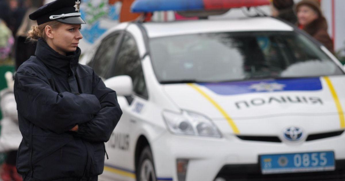 Перелом ребер и ампутация пальцев руки: в Киеве мужчина взорвал гранату