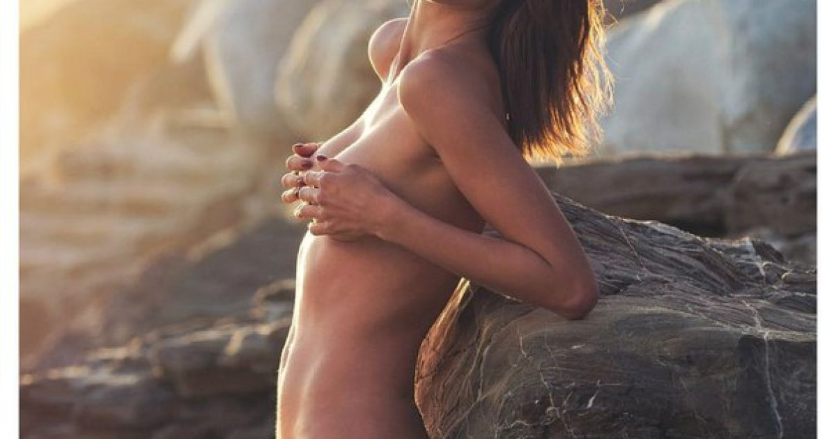 Alessandra ambrosio tits #13