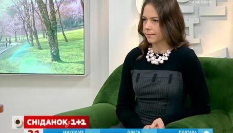 Віра Савченко каже, що організм Надії вже не сприймає навіть воду