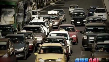 В столице Мексики запретили пользоваться собственным транспортом