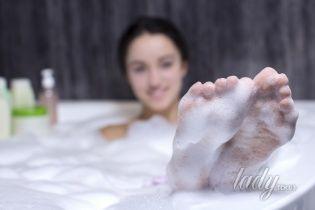 Баня, ванна, душ: как повысить эффективность водных процедур для кожи