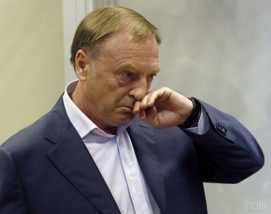 """Преступная схема и """"цирк"""" в зале суда. Экс-министру юстиции Лавриновичу зачитали обвинение в захвате власти"""