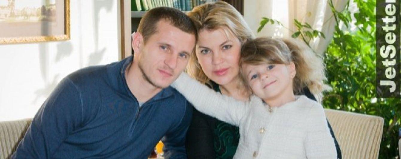 Футболист Алиев в запое избил сына и пытался подкупить полицию - его жена