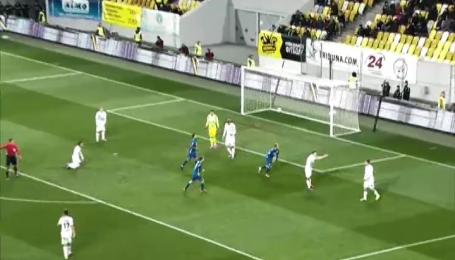 Роман Зозуля забил самый красивый гол марта