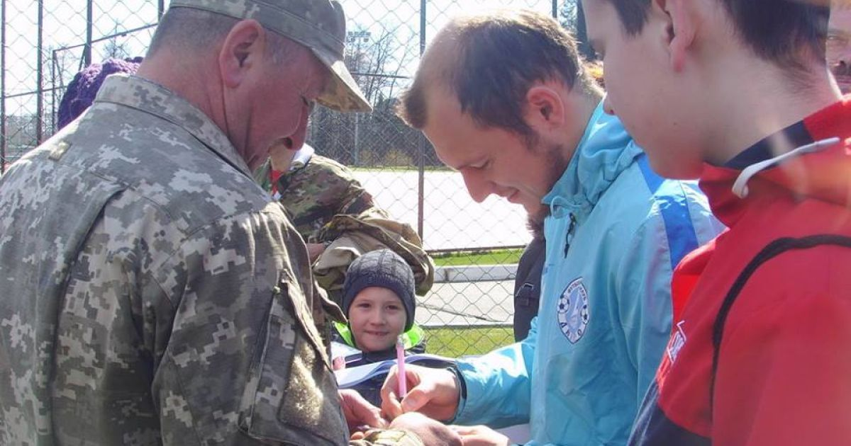 """""""Дніпро"""" прийняв гостей у себе на тренувальній базі. @ ФК Дніпро"""