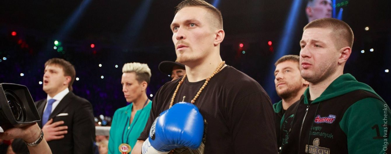 Боксер Усик заявив, що не розділяє росіян та українців