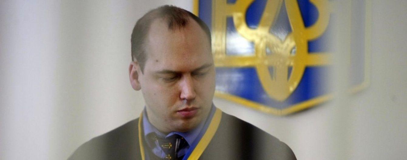 Скандального судью Вовка отстранили от работы