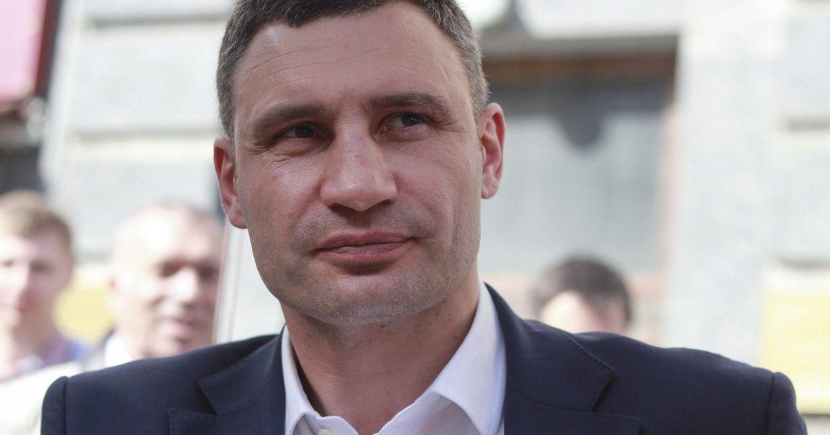 Кличко рассказал, когда киевляне увидят новые дороги