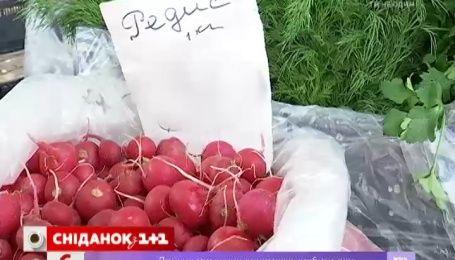 На оптовых рынках дешевеют грибы и редис
