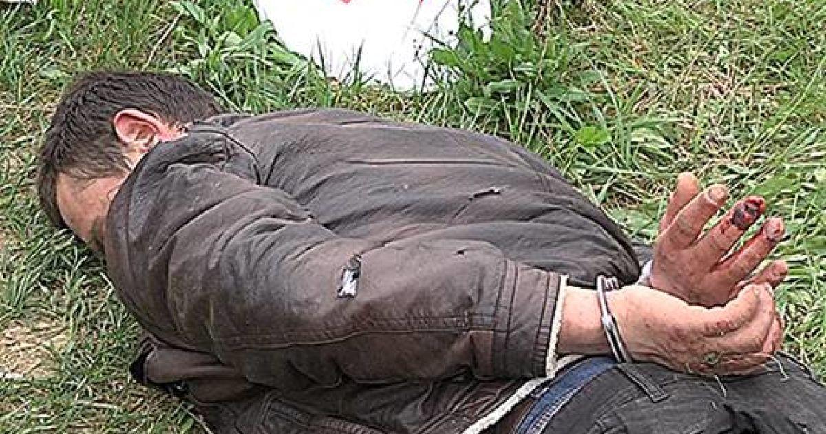 Підозрюваних затримали на кордоні @ Національна поліція України