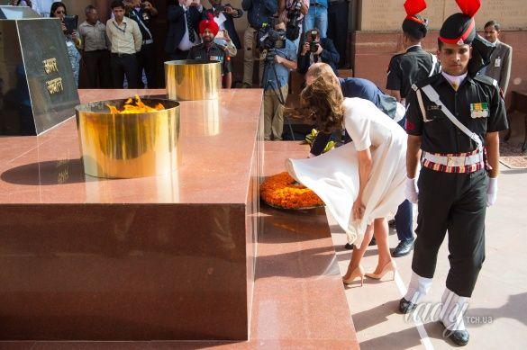 Герцогиня Кембриджская и принц Уильям в Индии_15_2
