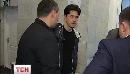 Підозрюваний у шахрайстві Віталій Касько на допит не прийшов
