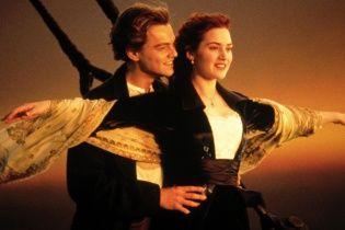 """Отпечаток на стекле с эротической сцены """"Титаника"""" навечно сохранили на стекле"""