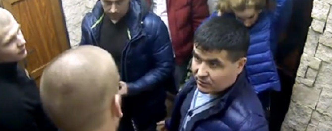 В Росії начальник поліції викликав ОМОН після того, як не пройшов фейсконтроль у ресторані