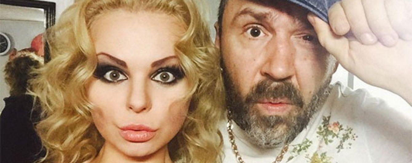 """Шнуров саркатично відповів на пісню-плагіат екс-солістки """"Ленінграда"""""""