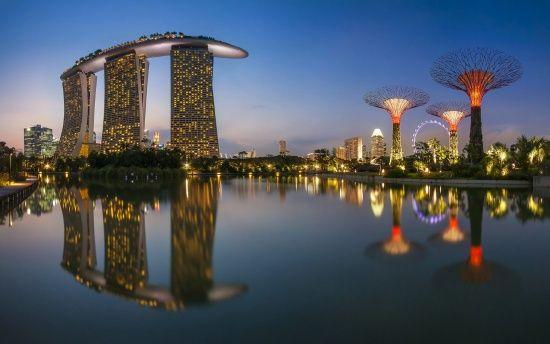Сінгапур виплатить кожному жителю до $ 200 премії за економічний розвиток держави
