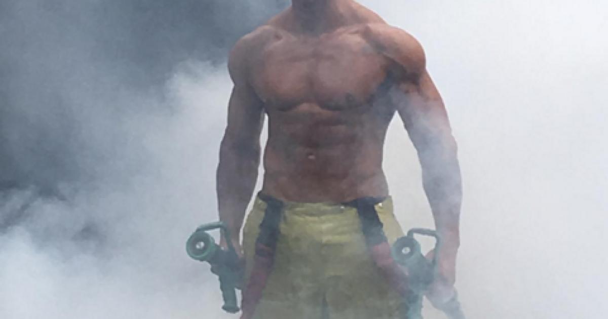 Пожежники демонструють свою фізичну форму @ Instagram/jeffleechfit