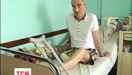 У столиці чоловік у метро втратив свідомість і скотився на колію