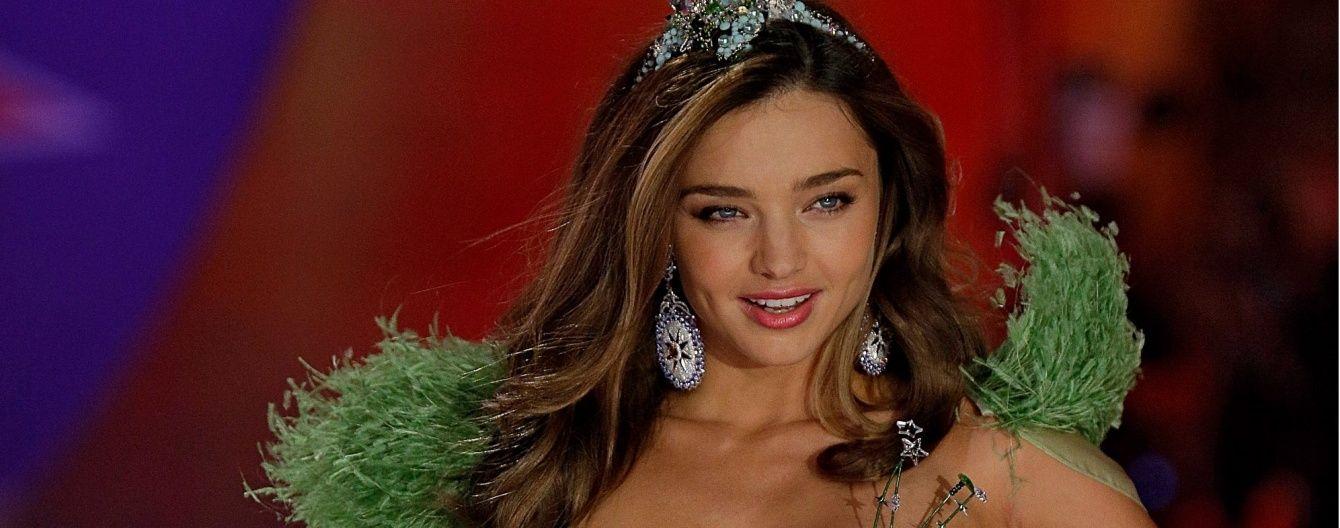 Именинница дня: самые яркие выходы Миранды Керр на шоу Victoria's Secret