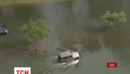 Число погибших от наводнения в американском городе Хьюстон растет