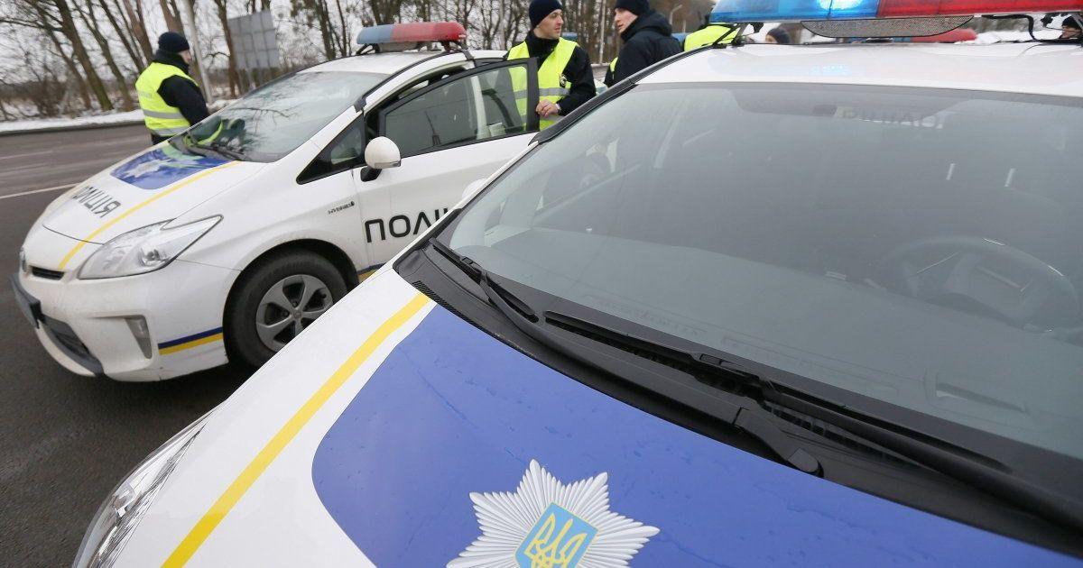 У Києві обстріляли поліцейський наряд