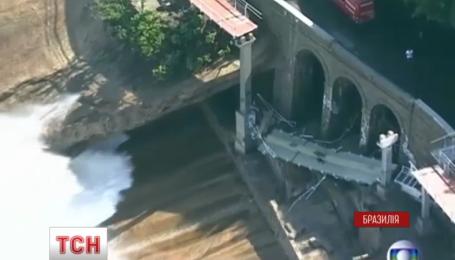 В Рио-де-Жанейро обвалилась олимпийская велодорожка, есть жертвы