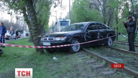 В Одессе пьяная женщина за рулем разбила три машины