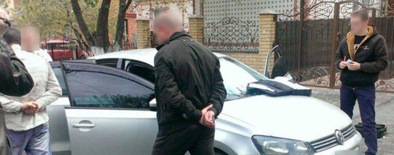 На Хмельниччині затримано заступника начальника поліції під час отримання хабара