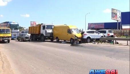 Автомобильный замес произошел в Одессе