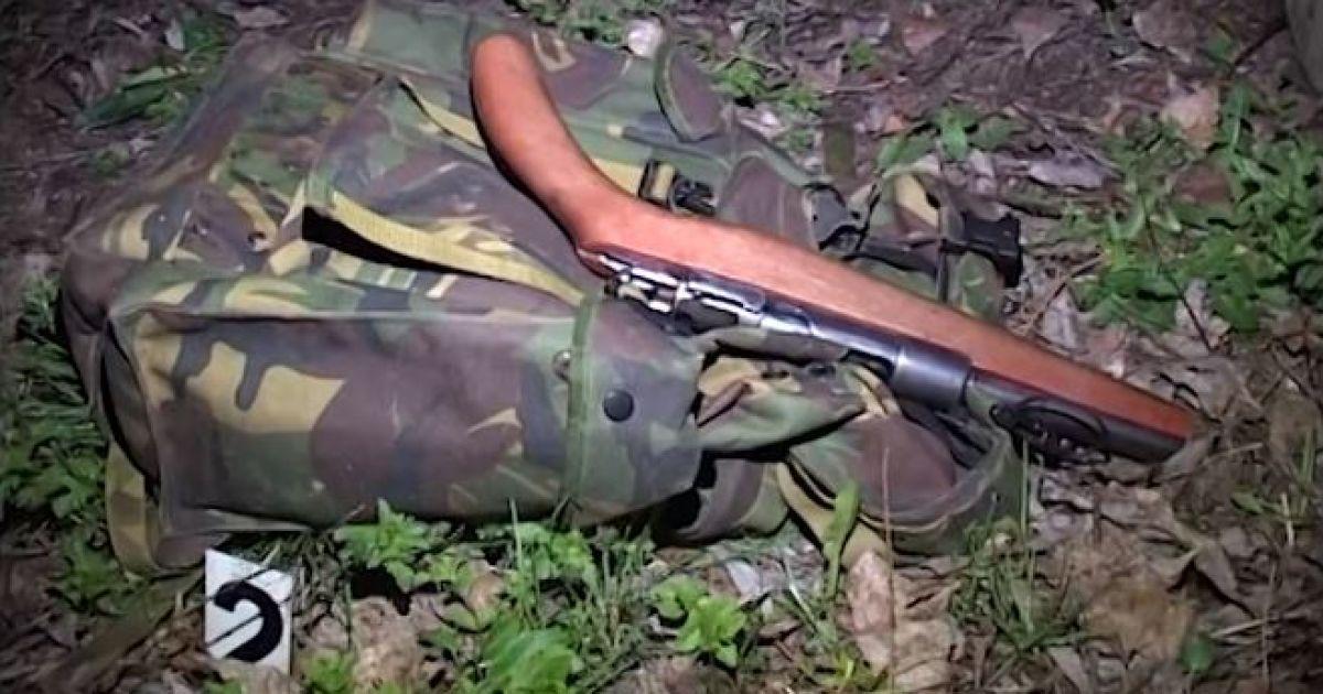 """У Києві чоловік звів рахунки з життям, вистріливши собі у голову з обріза """"Маузера"""""""