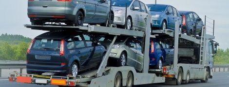 В Украине установили рекорд по растаможке подержанных авто