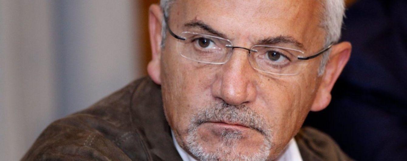 Суд дозволив Шустеру працювати в Україні