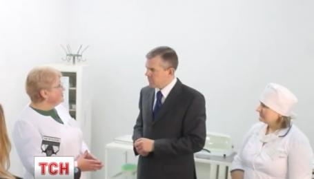 Житомирский хирург занял последнее кресло в Кабмине Гройсмана