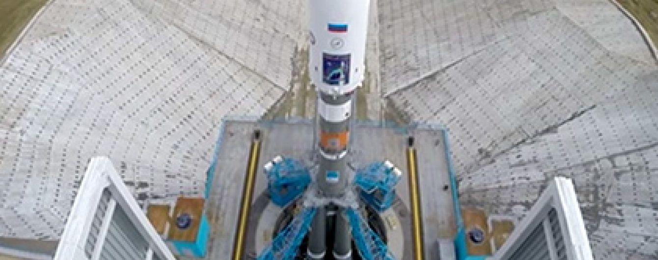 """У РФ ракета """"Союз"""" з другої спроби стартувала з космодрому"""