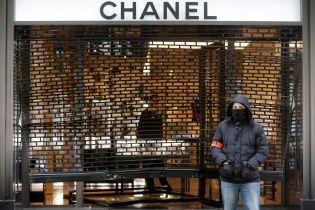 У Парижі невідомі пограбували бутік Chanel на 360 тисяч євро