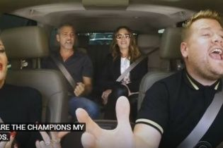 Кумедні Джордж Клуні та Джулія Робертс заспівали з Гвен Стефані її пісні у авто