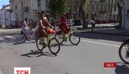 В Одессе состоялся ретро-велобег