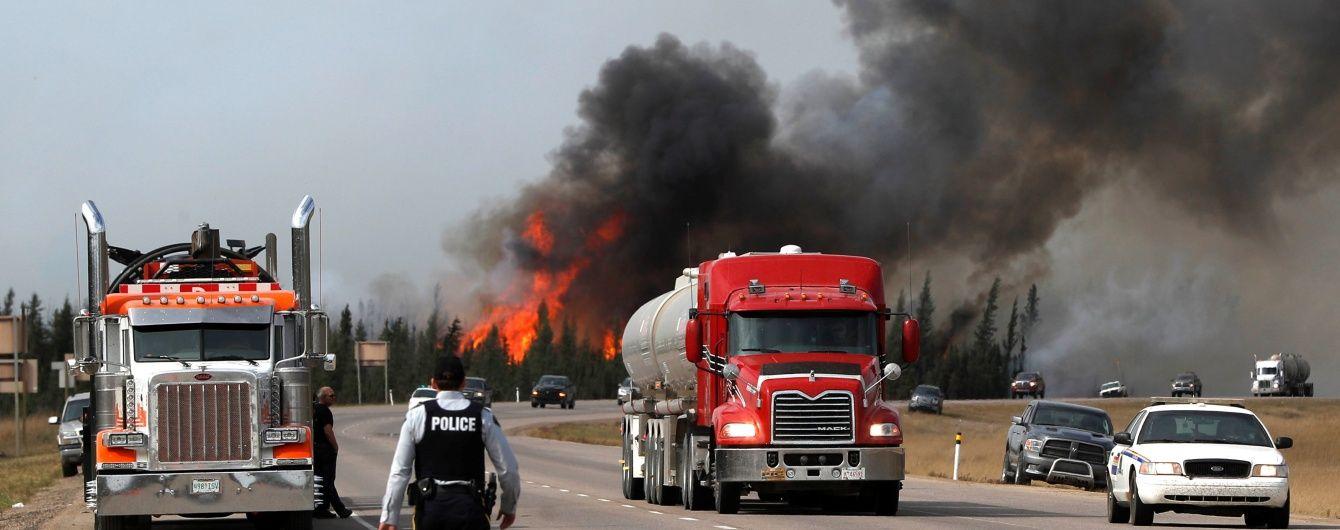 У Канаді одночасно палає чотири десятки лісових пожеж