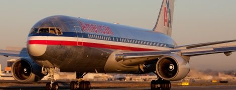 В США экстренно сел самолет из-за спущенных штанов бортпроводника