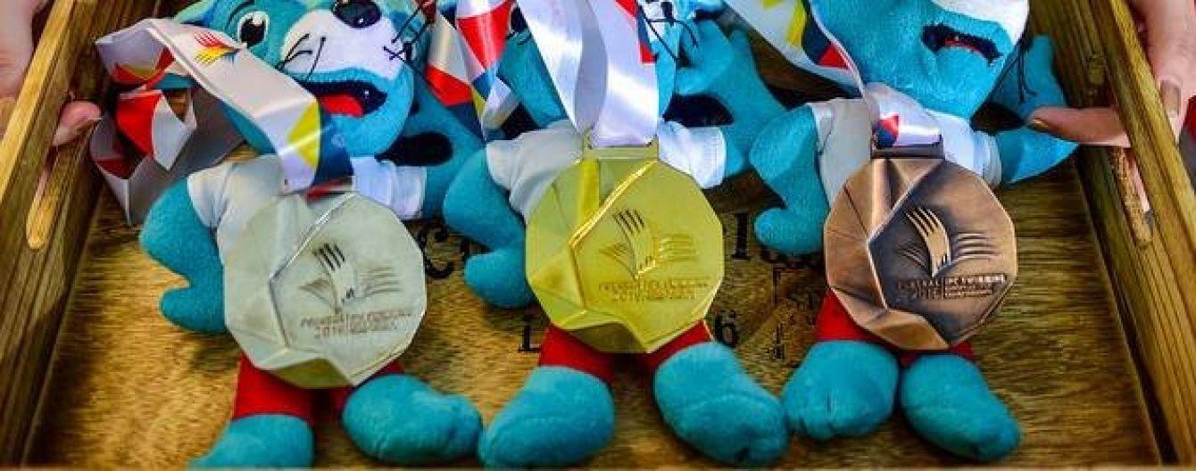 Українські паралімпійці-плавці привезли додому рекордну кількість медалей