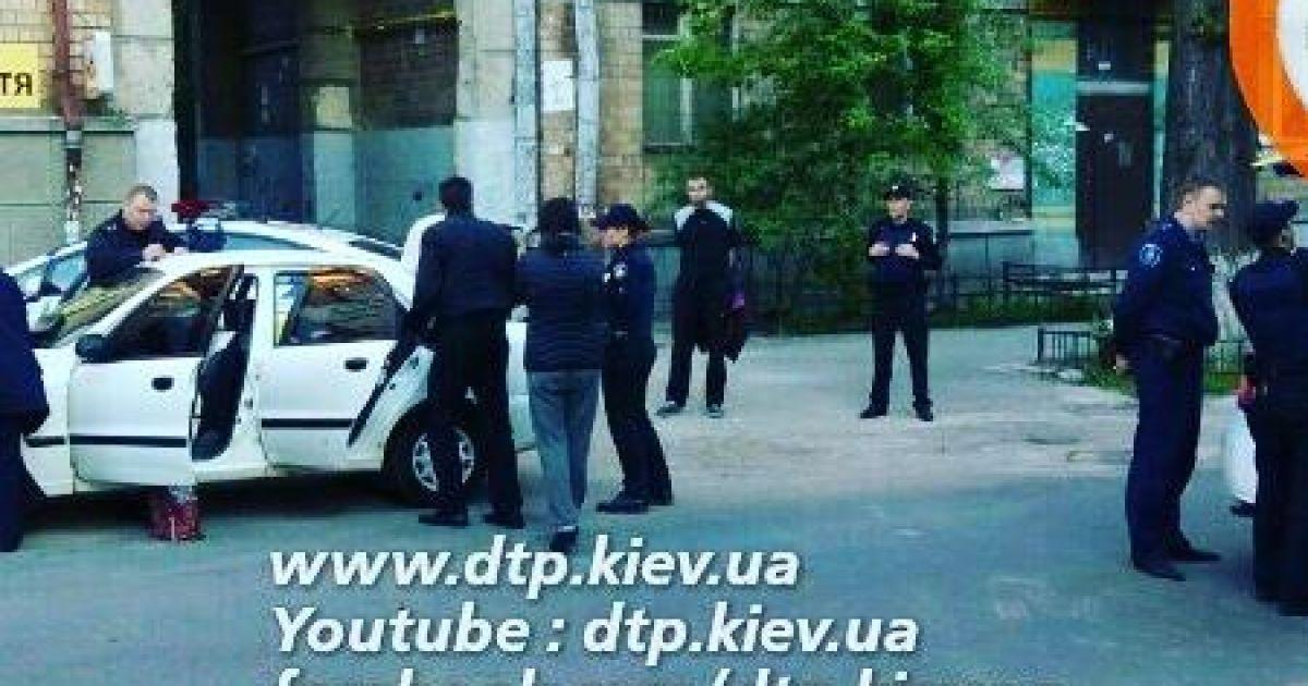 У Києві затримали чоловіка, який за ранок пограбував 12 автомобілів
