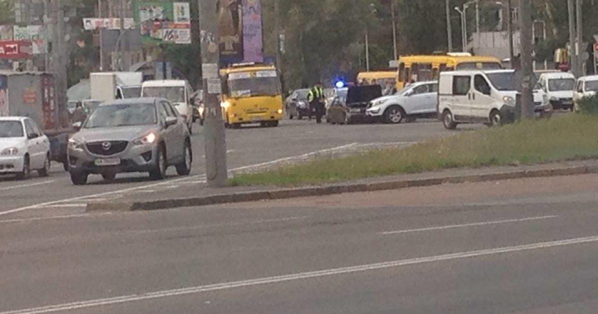 Авария на Дарницкой площади @ ТСН.ua