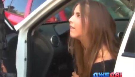 Зажигательная мексиканская красавица выпила лишнего и устроила шоу для полиции